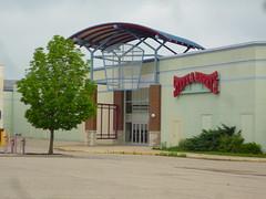080 former Steve & Barry's @ Forest Fair Mall, Cincinnati, OH (Ryan busman_49) Tags: forestfair cincinnatimills cincinnatimall cincinnati ohio mall deadmall vacant