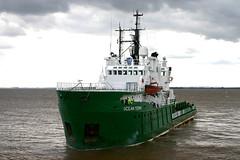 Ocean Tern (Howard_Pulling) Tags: camera canon boat photo ship picture vessel hull shipping humber victoriadock hpulling howardpulling