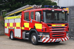 Isle of Wight - KX61CWN (matthewleggott) Tags: rescue fire engine service isle appliance wight scania jdc kx61cwn