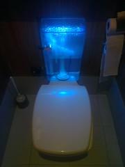 皇城老媽。廁所。