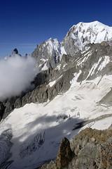 Massif du Mont-Blanc, pointe Helbronner (Ytierny) Tags: france montagne alpes altitude glacier midi blanche montblanc alpinisme massif hautesavoie valle aiguille helbronner ytierny