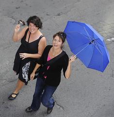 moca-3225 (Centraide du Grand Montréal) Tags: canada quebec montreal aux 1000 marche parapluie evenement parapluies centraide