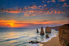 The Twelve Apostles (James Yu Photography) Tags: sunset 5 au australia victoria adelaide years another greatoceanroad southaustralia twelve apostles 大洋路 风光摄影 摄影团 詹姆斯摄影 詹姆斯视界 jamesphotographycn 摄影旅行