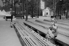 Malvina and Pierrot (Kirill Bannov Photography) Tags: park longexposure winter night lights amusement russia pierrot hdr malvina ночь chelyabinsk россия 3xp челябинск 2013 74ru 174ru