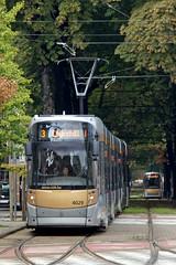 Brussels (Neil Pulling) Tags: brussels belgium belgique transport bruxelles tram brussel bombardier belge stib brusselstransport