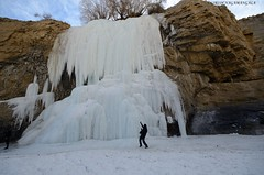 Frozen Waterfall (nlgirish) Tags: winter snow ice trekking trek river stars frozen himalaya ladakh nikno chadar d7000
