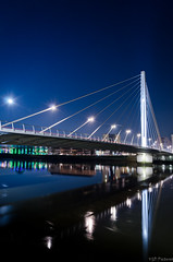 Eric Tabarly Bridge (The Wild Pictures) Tags: architecture lune pose nikon eric perspective pont nuit beaulieu nantes longue tabarly d7000