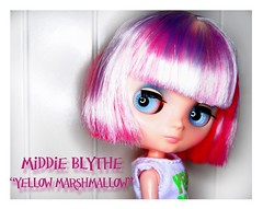 "Middie Blythe ""Yellow Marshmallow"" - named ""Birdy"""