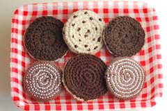 140415galletas01 (glaramknits) Tags: diy crochet galletas playfood cockies ganchillo