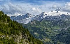 Paisaje alpino - Suiza (bervaz) Tags: mountain alpes suiza sony 18200 a100 montaas 18200mmf3556 dslra100 sal18200