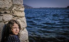 catchy eye (.VSPhotography) Tags: italy lake cute eye girl canon eos kid italia child little cuteness catchy mergozzo 400d vsphotography