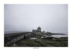 Eilean Donan Castel (2) (chewyco69) Tags: fog dark scotland chateau brouillard eileandonan castel ecosse dornie