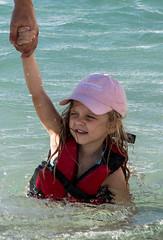 Na lagoa... (felipe sahd) Tags: portrait brasil retrato lagoa menina maranho barreirinhas lenismaranhenses