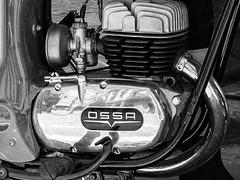 Motor - Engine (Urrifotos) Tags: vintage motorcycle catalunya manresa byke ossa