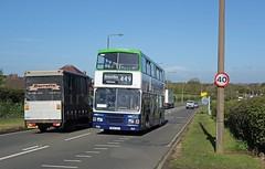Notts & Derby 16, Hassocks Lane South, Shipley (Lady Wulfrun) Tags: school bus edinburgh service 16 449 shipley lothian 214 barratts aldercar kirkhallam nottsderby stjohnhoughtonschool m214vsx hassockslanesouth