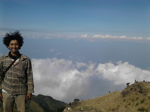 "Pengembaraan Sakuntala ank 26 Merbabu & Merapi 2014 • <a style=""font-size:0.8em;"" href=""http://www.flickr.com/photos/24767572@N00/26888581020/"" target=""_blank"">View on Flickr</a>"