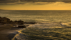 Rompiendo el alba...... Vinars. (Pedro Vidal Photography) Tags: amanecer pescador