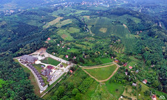 Etno naselje Vrdnika kula (AleksandarM021) Tags: fruskagora fruskogorski manastiri serbia serbiaandmontenegro srbija vojvodina vojvodjanski tvrdjava vrdnik vrdnicka kula