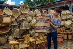 border market (abtabt) Tags: girl market border sarawak malaysia malaysian weave bau kuching handcraft retailer bidayuh serikin bordermarket d7001835g