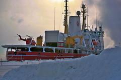 2009Jan-Frimas-10 (jdbrochu) Tags: photographie hiver troisrivieres bateau rivage laneige pleinair vieuxtroisrivieres