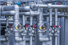 Pressure (dlorenz69) Tags: plant technology power control tech tubes technik system valve pressure pipeline heating heizung druck rohre ventil