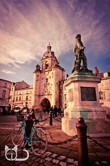 La Rochelle... encore (Cl@ire.d) Tags: street france bike canon outside couleurs larochelle rue extrieur vlo charentemaritime