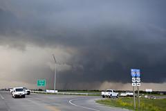 Tornado traffic jam (ianseanlivingston) Tags: kansas tornado supercell thunderstorm weather stormchasing