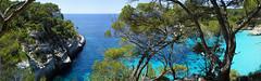 Cala Mitjana (gerhardschorsch) Tags: sony zeiss meer menorca strand panorama ilce7r f18 55mm bucht traumbucht