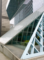 Seattle Public Library (faasdant) Tags: seattle 2004 public glass downtown branch steel library central architect folded oma rem koolhaas lattice