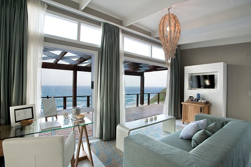 White Pearl - Pool Suite, view from your lounge