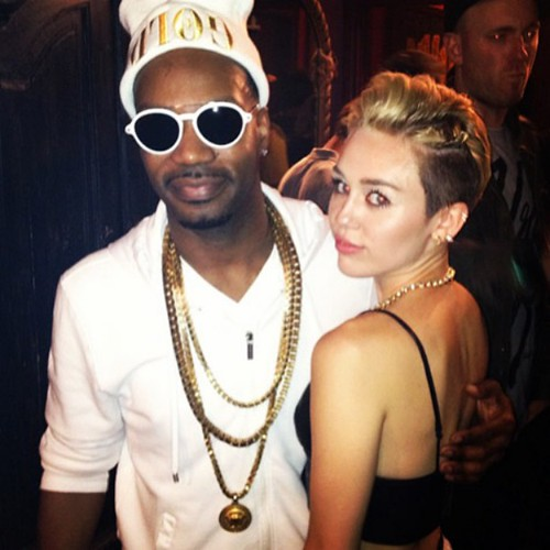 Video THE REALNESS: Rosenberg Calls Juicy J Out on His Miley Cyrus Love!