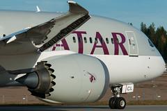 A7-BCL (erik12994) Tags: autumn plane fly boeing osl gardermoen engm qatarairways dreamliner boeing787 b788 osloairportgardermoen boeing7878 a7bcl