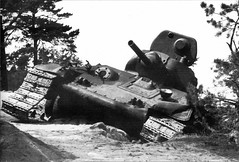 """Tank T-34 (89) • <a style=""""font-size:0.8em;"""" href=""""http://www.flickr.com/photos/81723459@N04/10322781103/"""" target=""""_blank"""">View on Flickr</a>"""