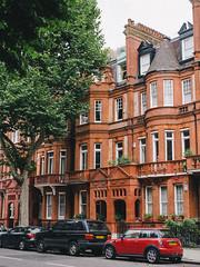 (miemo) Tags: street travel autumn windows house tree brick london fall cars facade europe chelsea unitedkingdom olympus parked omd redbrick em5 panasonic1235mmf28
