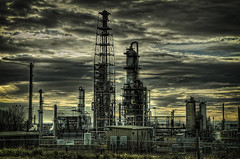 Making Gasoline (arbyreed) Tags: industry industrial dramatic driveby gas gasoline refinery oilrefinery oilindustry tonemapped arbyreed