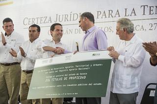 Gobierno de Oaxaca, Entrega de títulos de propiedad, Oaxaca