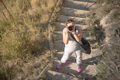Mi fotografa (Juanedc) Tags: people espaa landscape dessert spain photographer gente maria paisaje zaragoza aragon desierto es saragossa fotografo juslibol mariya mariyaprokopyuk galachosdeljuslibol