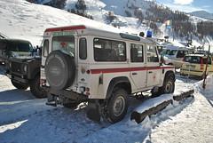 Land Rover Defender 110 (TAPS91) Tags: 110 rover alpine land croce italiana defender truppe sondrio rossa ambulanza provinciale campionati comitato sciistici