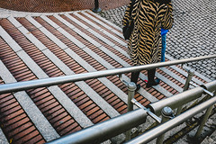 Patterns. (svenhoffmann1968) Tags: street woman color stairs germany photography patterns streetphotography cologne scfm010