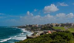 San Juan, PR (Sniper PR) Tags: 35mm faro arbol mar fuente sanjuan banderas elmorro garita piedras oceano estructuras lamparas farodelmorro nikond5100