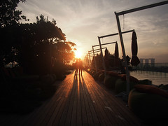 Love (_jwong) Tags: family love sunrise singapore magichour goldenhour familylove hoteljenorchardgateway