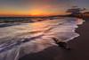旗津夕浪‧Sunset (sic Chiu) Tags: sunset sky sun taiwan kaohsiung 夕陽 台灣 海岸 日落 6d 海浪 海邊 海灘 高雄市 漂流木 nd64 減光鏡 ef1635mm 旗津區 夕彩 貝殼博物館