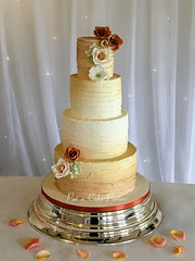Wedding Cake 'Charlotte' (Relznik) Tags: wedding roses bronze gold weddingcake ganache royal ombre icing buttercream royalicing ombré 4tiers