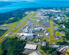 Paine Field (#KPAE) In From the South, North to the Puget Sound (AvgeekJoe) Tags: usa washington nikon places aerial aerialphoto pugetsound dslr washingtonstate aerialphotography aerialphotograph hff fhc painefield kpae flyingheritagecollection boeingfactory importedkeywordtags d5300 historicflightfoundation nikond5300