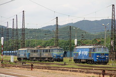 PKP CARGO ET22-2023 & ET42-021 , Wabrzych Gwny train station 11.06.2016 (szogun000) Tags: railroad station electric canon engine poland polska rail railway locomotive locomotora lokomotive pkp locomotiva wabrzych  lokomotywa elektrowz lowersilesia dolnolskie dolnylsk et22 et41 pkpcargo et41021 wabrzychgwny canoneos550d canonefs18135mmf3556is et222023 d29274 d29286