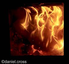 El Flogisto / The Phlogiston (daniel.cross) Tags: fuego ensayos