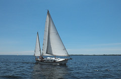 Full Rig (cjh44) Tags: ontario sailboat sailing sunday sails kingston collinsbay alliedseawind