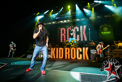 176032254SL063_Kid_Rock_And