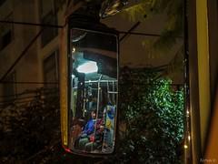 274/365 La gente en el espejo. (nan_ita) Tags: nightphotography people color bus night mirror noche gente streetphotography espejo reflejo 365 fotografiaurbana originalphotography proyecto365 fotografíacallejera photographersontumblr