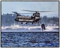 THE RHIB HITS THE WATER (AvgeekJoe) Tags: army chopper helicopter chinook seafair usarmy ch47 ch47d twinrotor armyaviation flickraward usarmyaviation boeingch47dchinook boeingch47chinook seafair2012